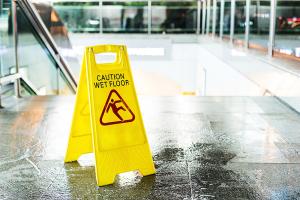 pavimento scivoloso: trattamento antiscivolo R&R Group