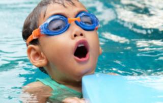 piscina_bambino_pavimento_antiscivolo